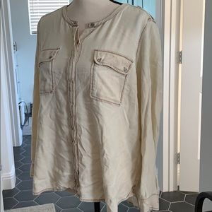 vince camuto button up crew neck off white top